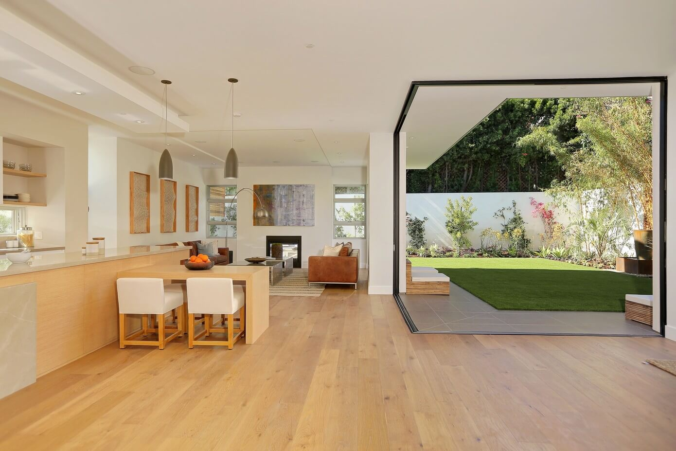 Pacific Palisades Home by Building Solutions & Design