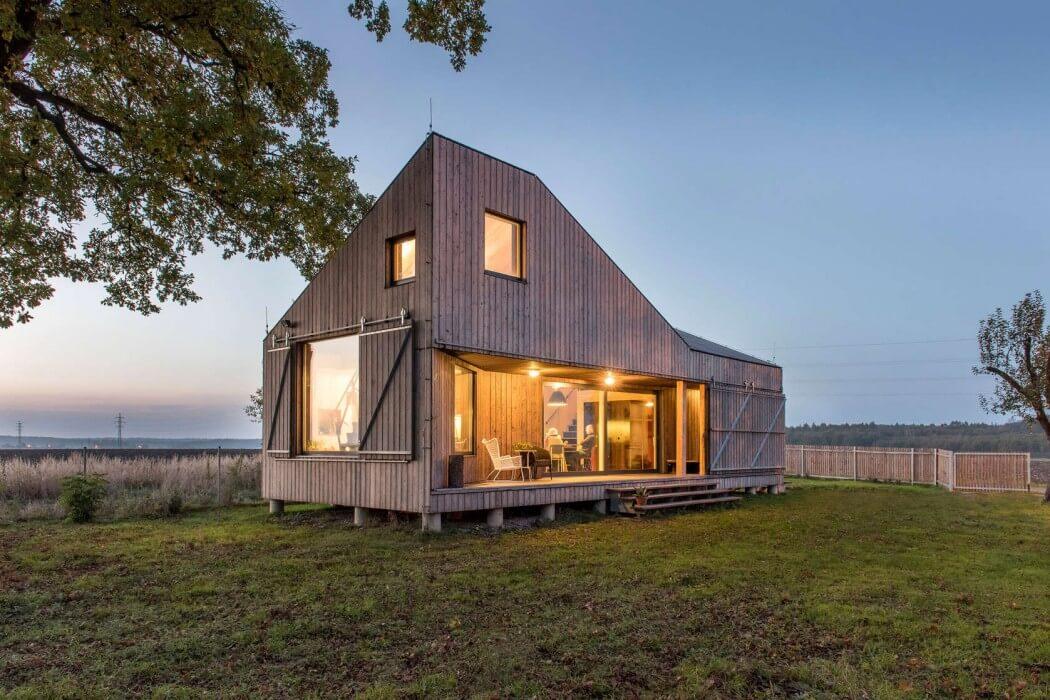 Zilvar House by ASGK Design
