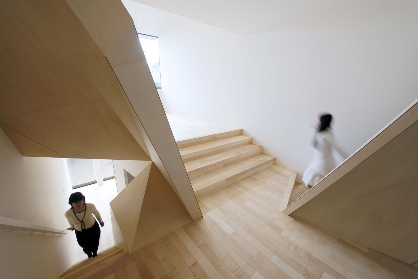 New Kyoto Town House by Alphaville Architects