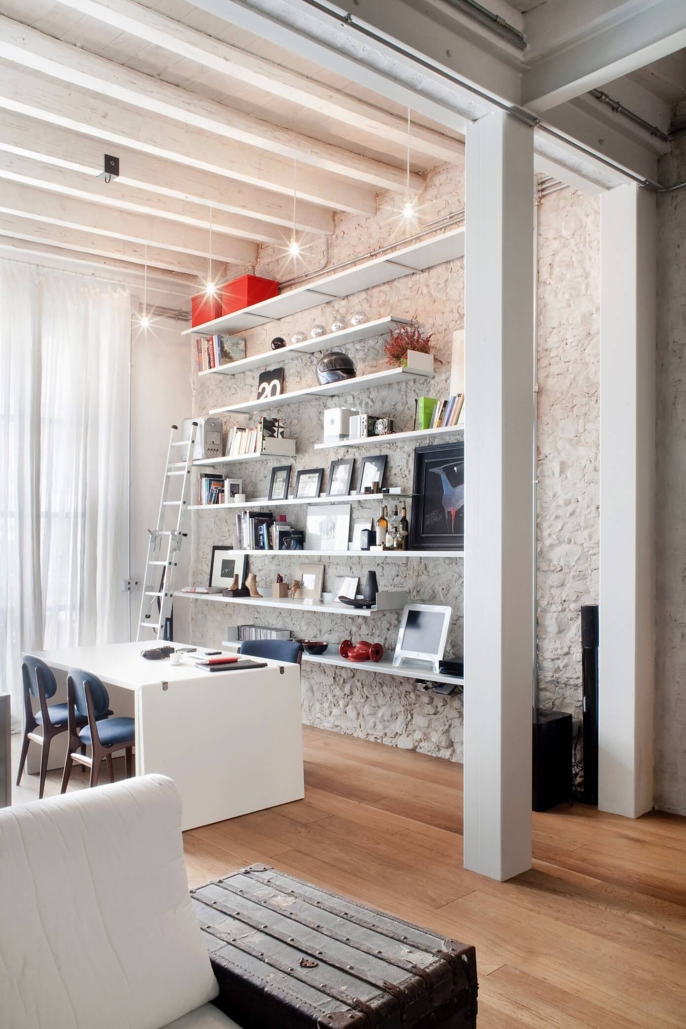 Loft in Florence by Superfuturedesign