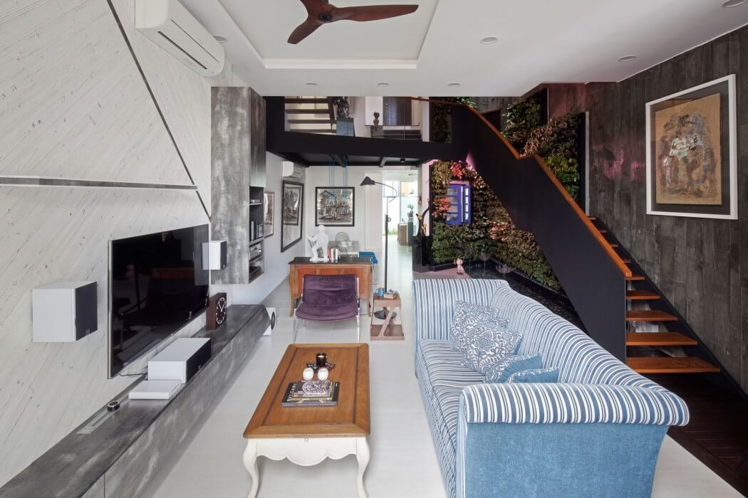 House at Poh Huat Road by Envelope Architects
