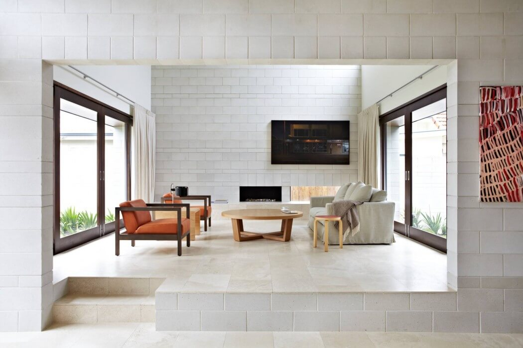 Clayfield House by Adrian Spence