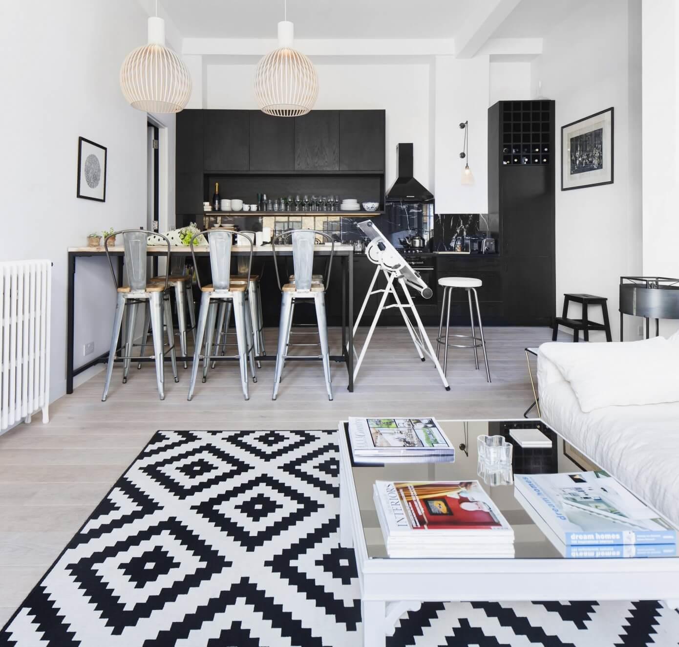 Loft Apartment By Laura Lakin Design « HomeAdore