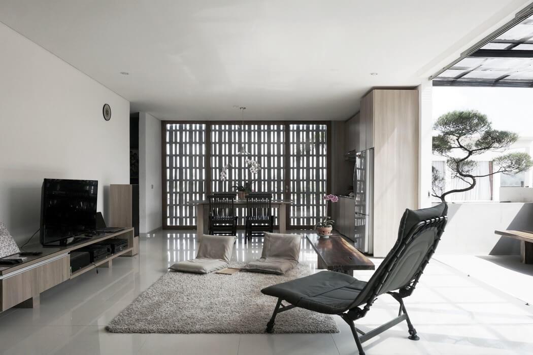 Minimax House by Ebenhaezer Lontoh