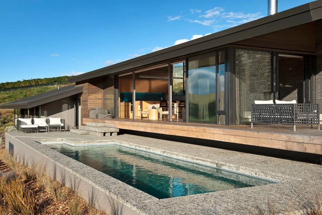 Modernist House by Herriot + Melhuish Architecture