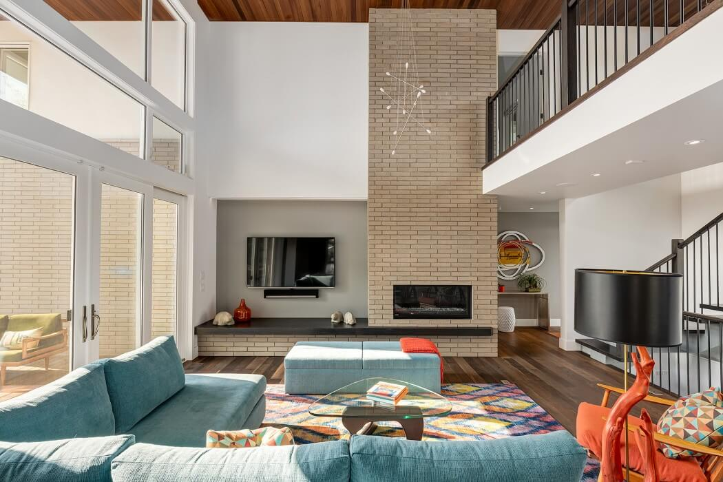 House in Calgary by DOODL