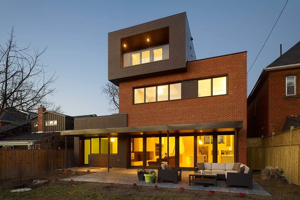 Private House in Hamilton by DPAI