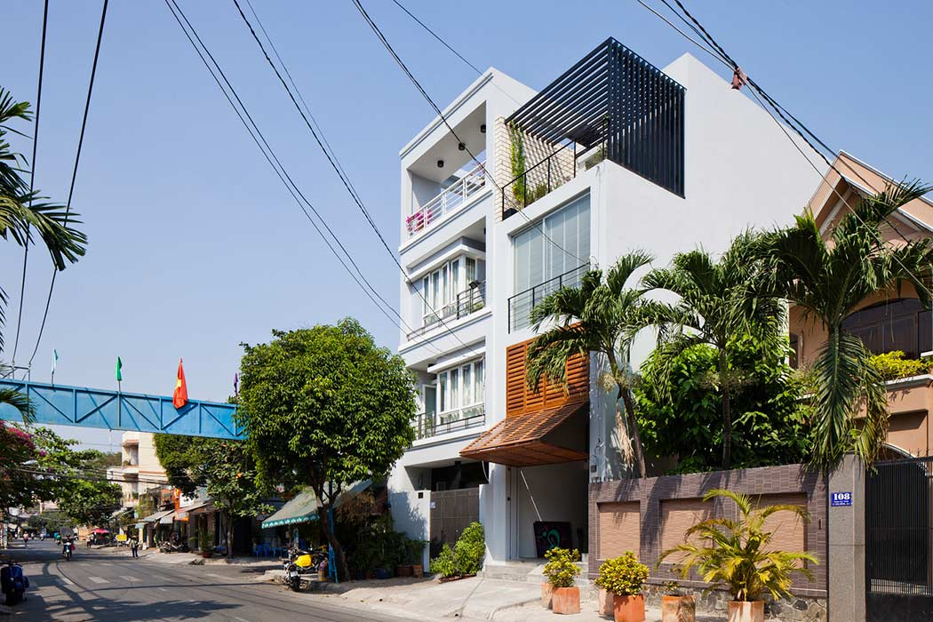 Vietnamese Town House by MM ++ Architects