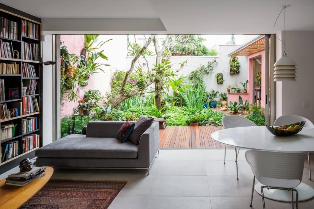 Sagarana House by Rocco Arquitetos