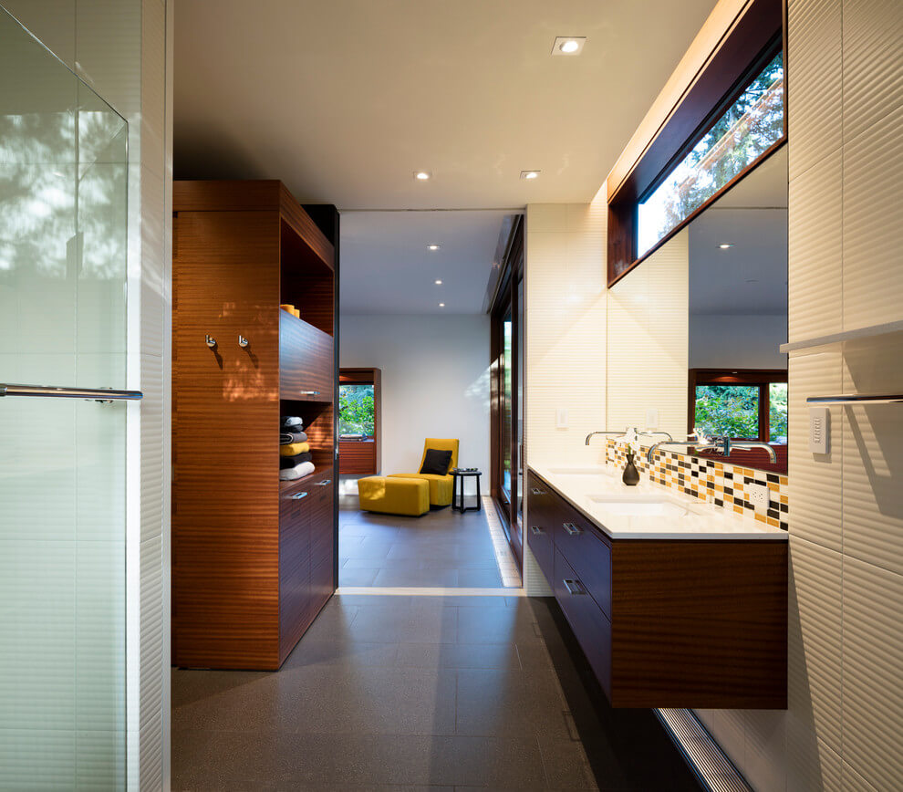 Inside Outside House by David Coleman Architecture