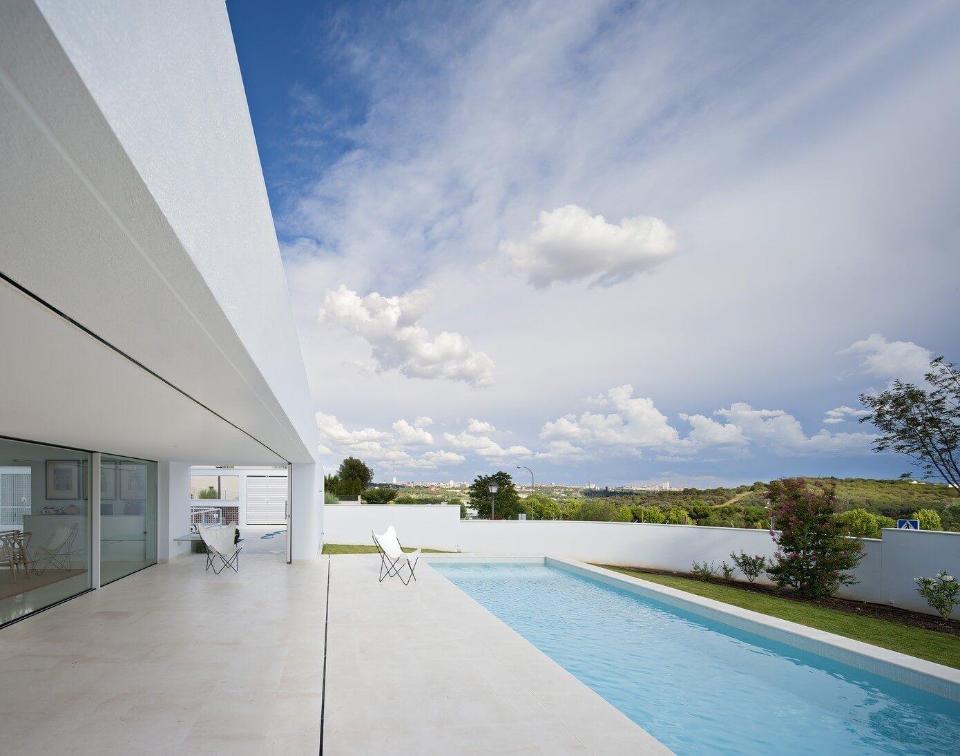 cala house by alberto campo baeza homeadore. Black Bedroom Furniture Sets. Home Design Ideas