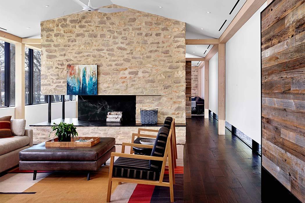 Modern Prefab by Aamodt / Plumb Architects