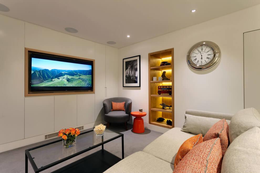 Home in London by Elizabeth Bowman