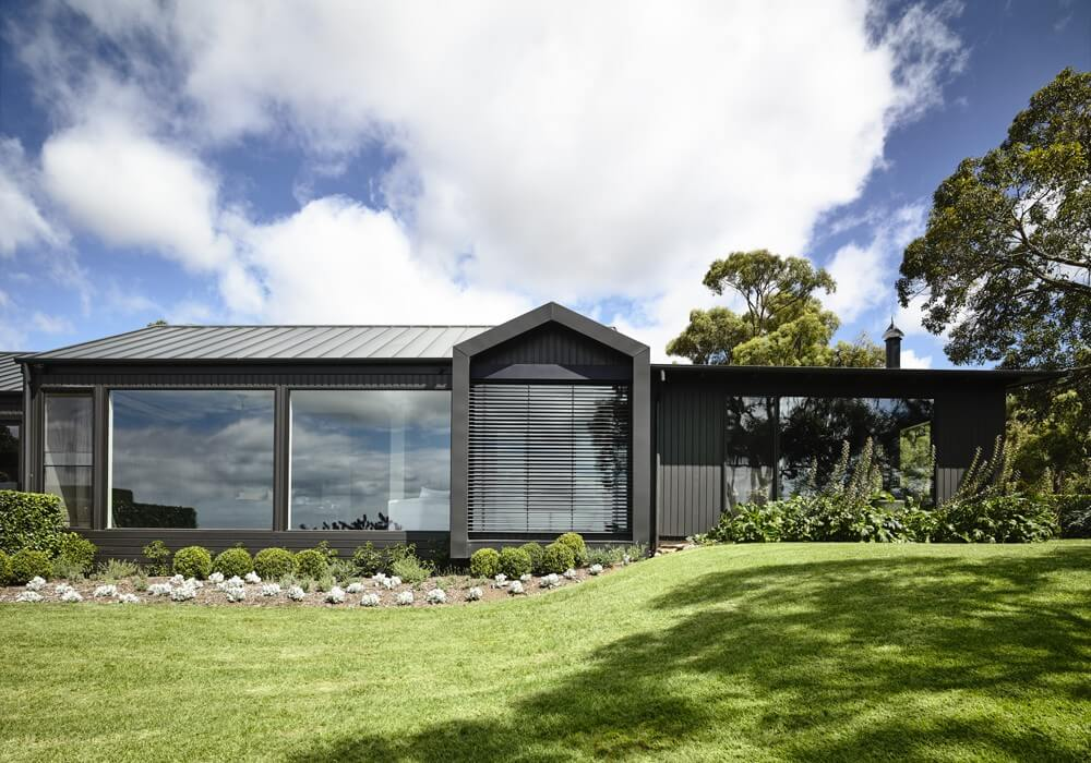Farmhouse by Canny Architecture
