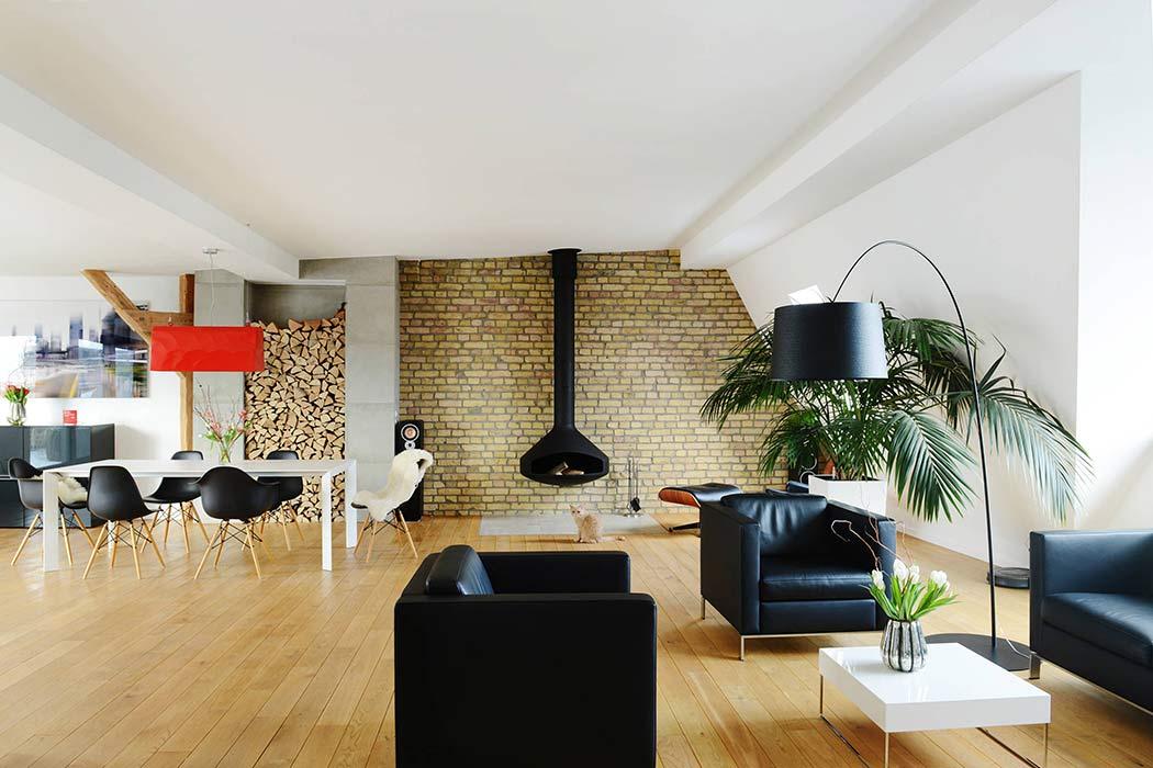 Attic Home by Studio Swen Burgheim