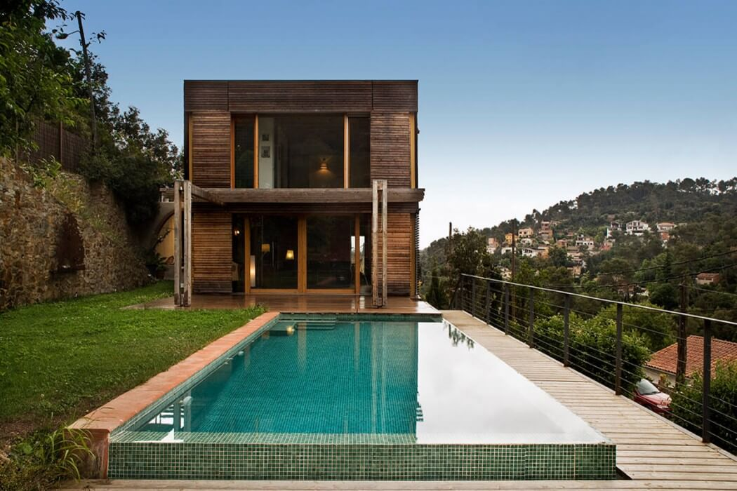 Wooden Residence by NOEM