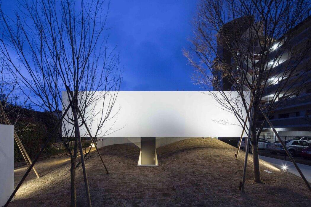 FLAT40 by Keisuke Kawaguchi + K2-Design