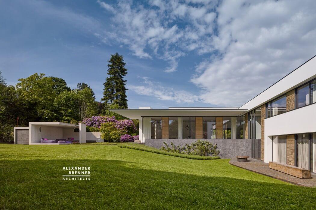 Bredeney House by Alexander Brenner Architects