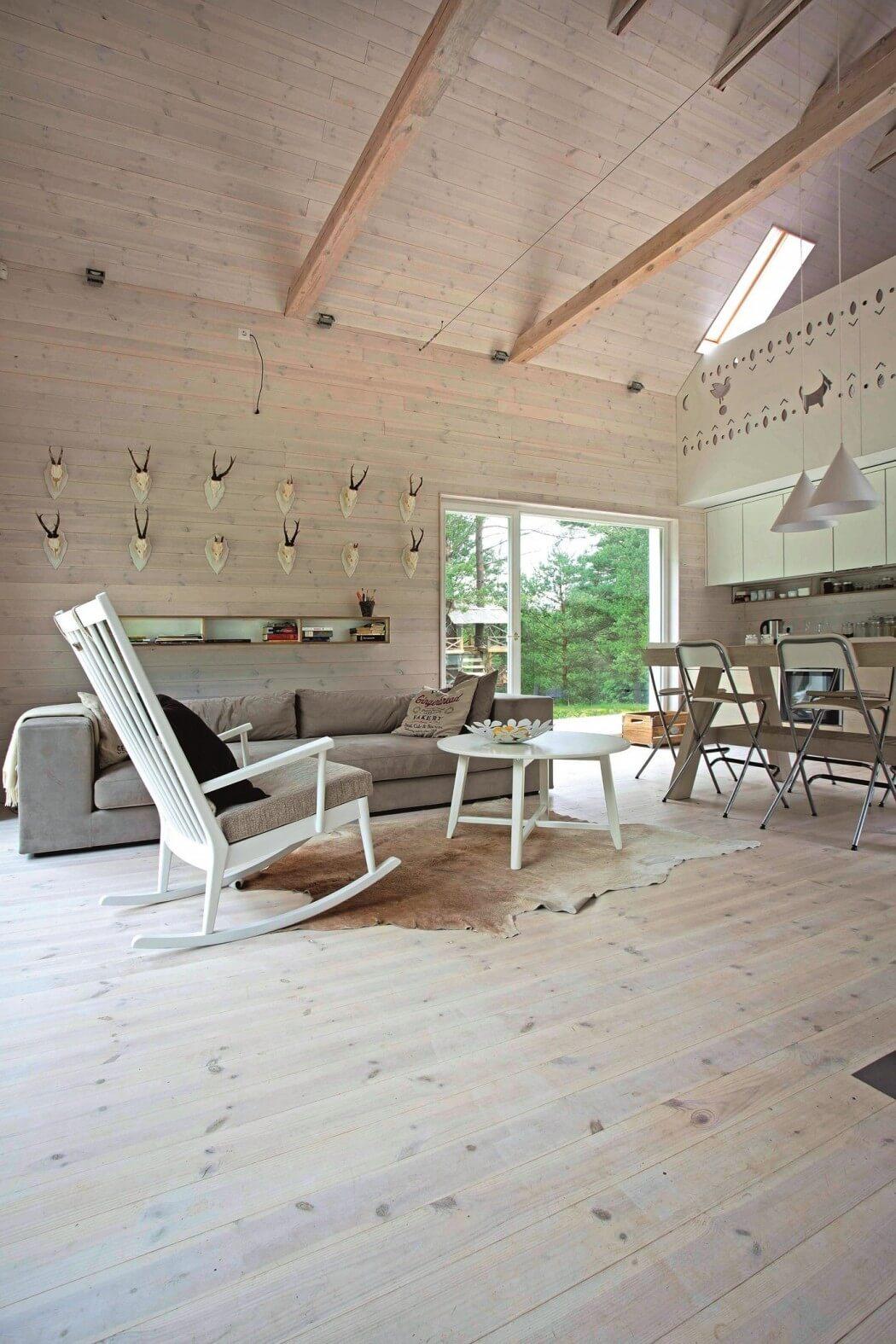 Beautiful Lithuanian Hunting House By Devyni Architektai