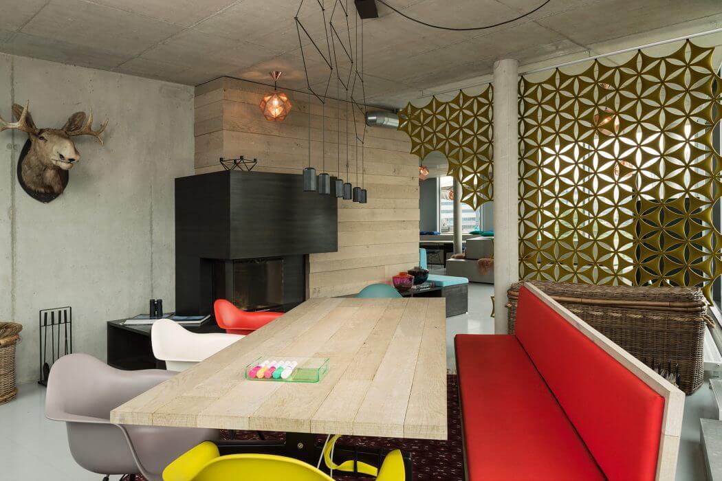 Office in St. Pauli by Arzu Kartal