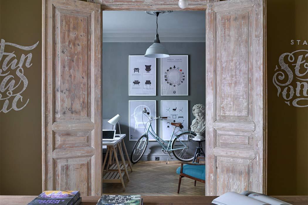 Retro Office by A3interior Design Studio