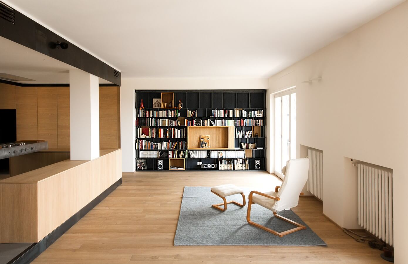 Wood and iron apartment by lca architetti homeadore for Raumgestaltung pinterest