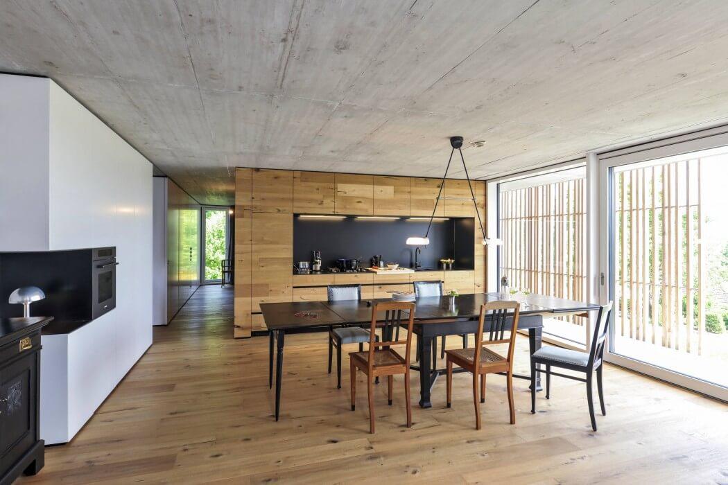 House in Nürtingen by M. Fernandez Langenegger