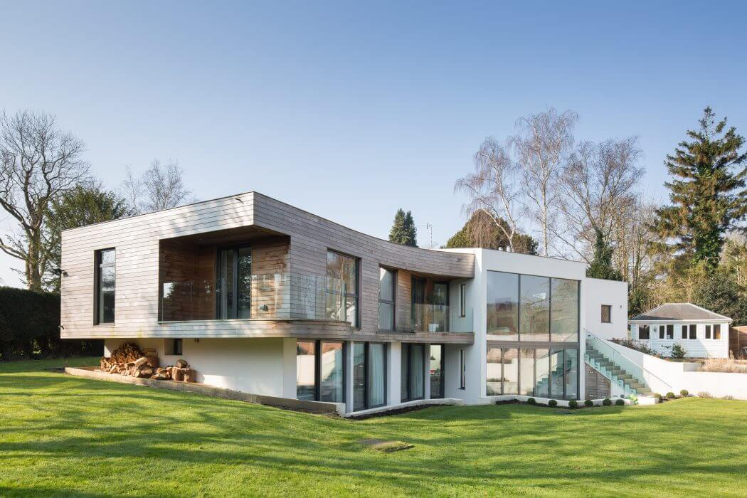 House in Hampshire by Witcher Crawford