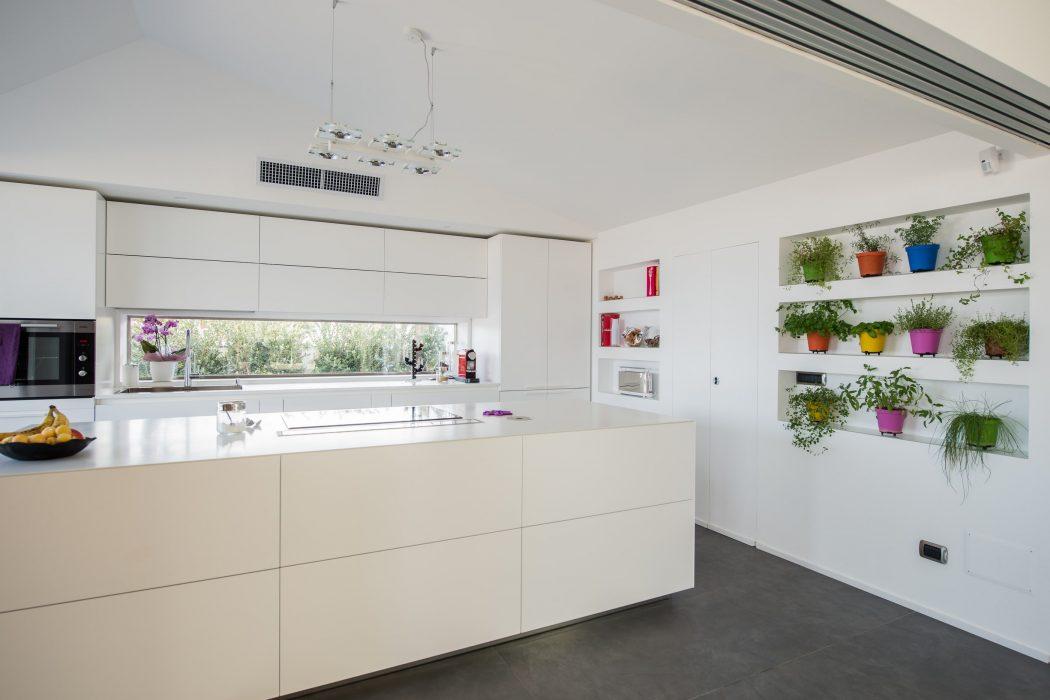 Attic Apartment by Mobilificio Marchese