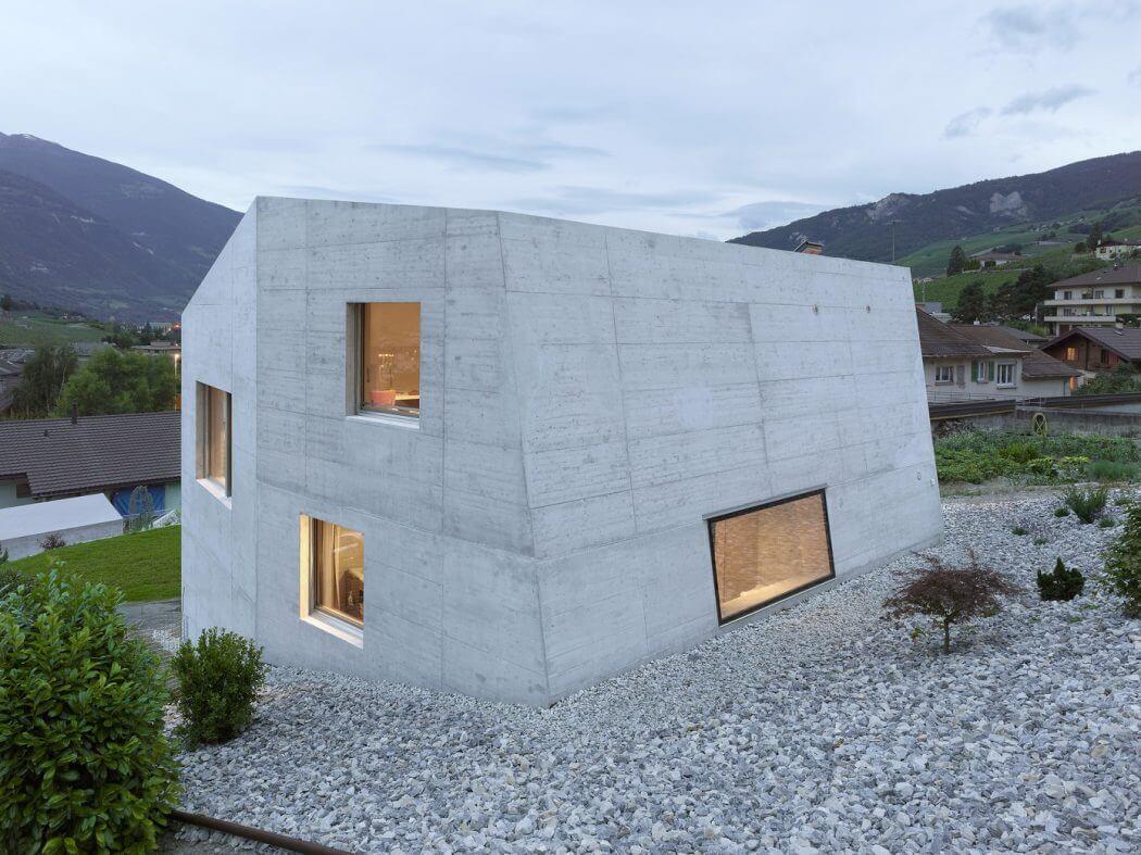 M�trailler House by Savioz Fabrizzi