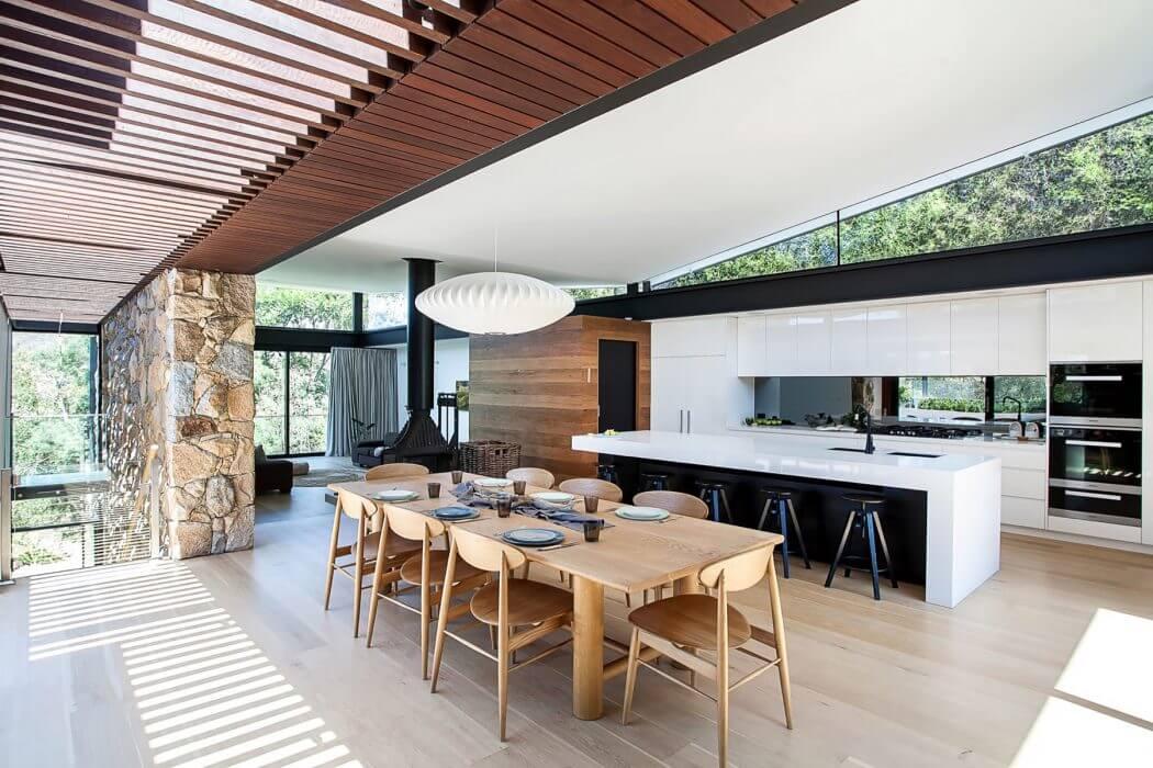 Home in Melbourne by Alexandra Buchanan