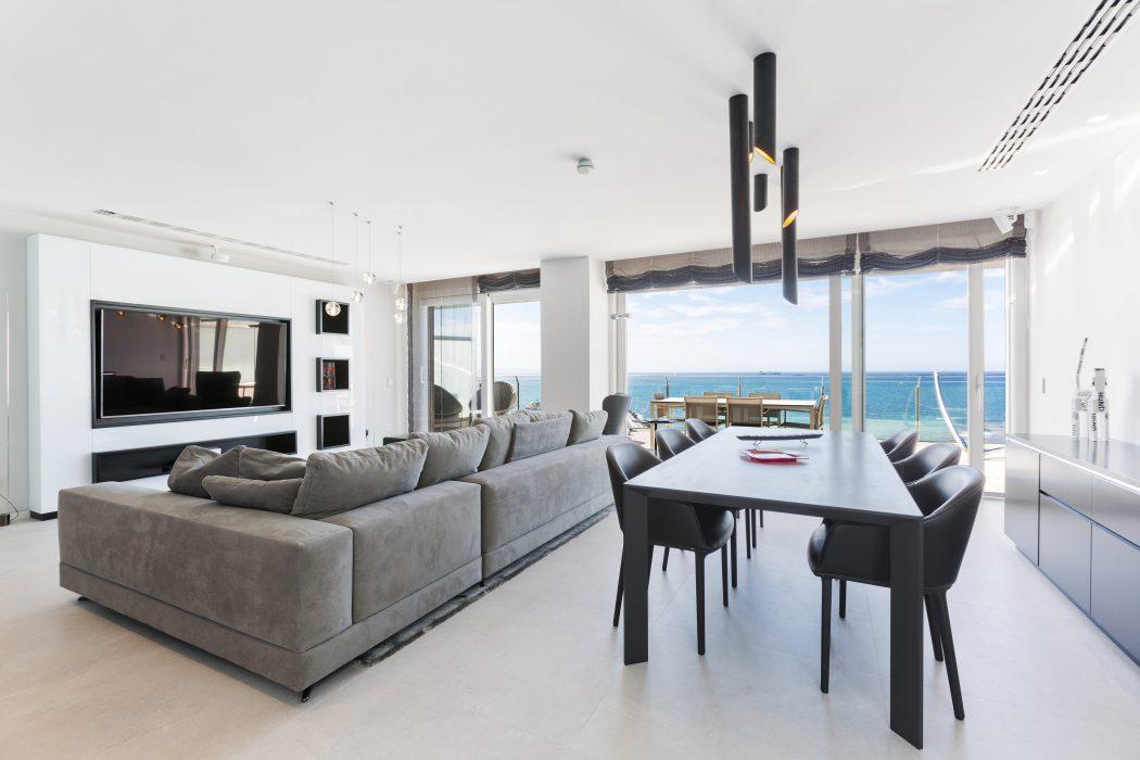 Portixol Penthouse by Bornelo Interior Design