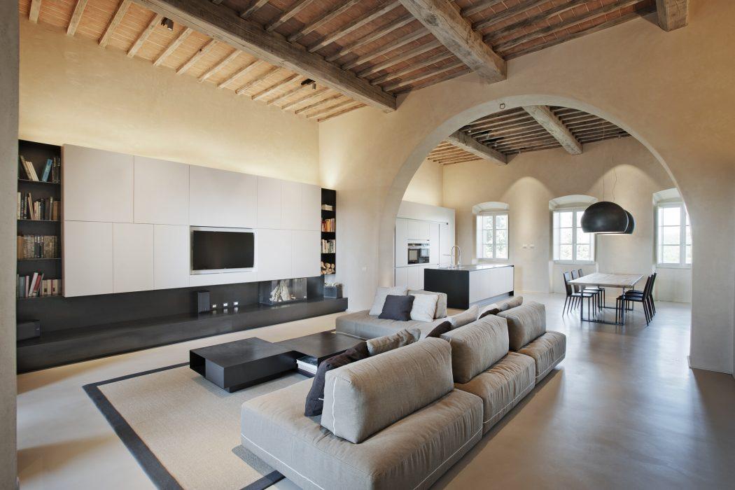 Villa in Monteriggioni by CMT Architetti
