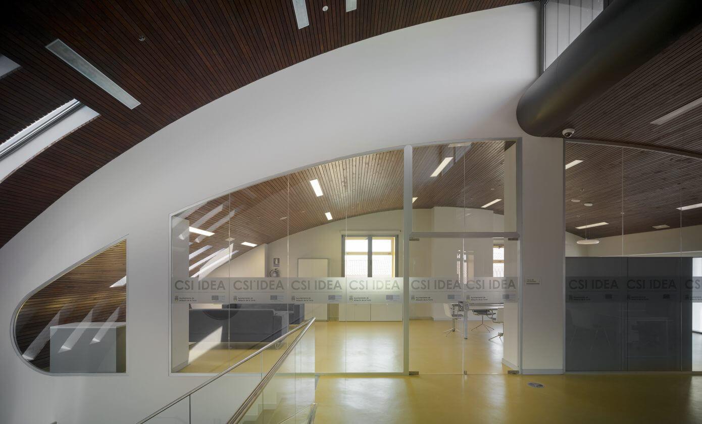 CSI Idea by Ezar Arquitectura y Diseño