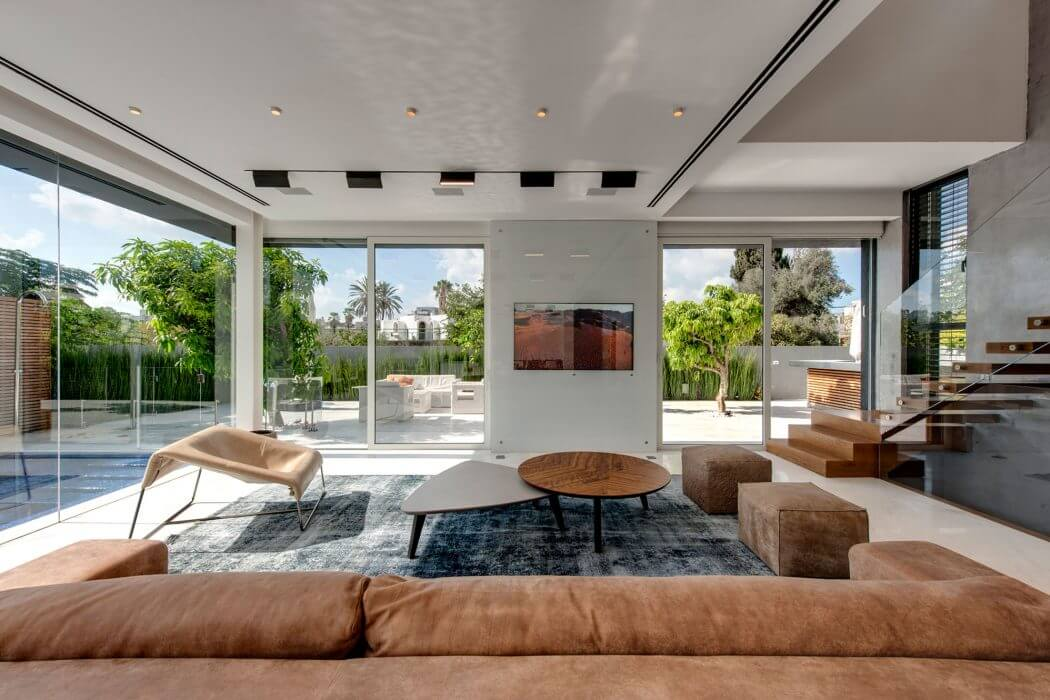 The Hidden House by Israelevitz Architects