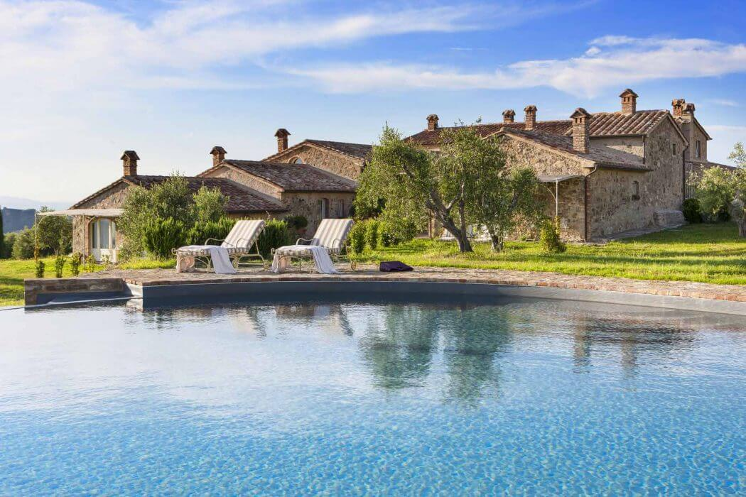 Country home in tuscany architecture for Italian country homes