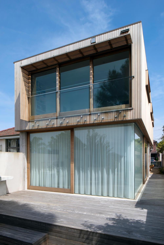 Morrison House by Chris Elliott Architects