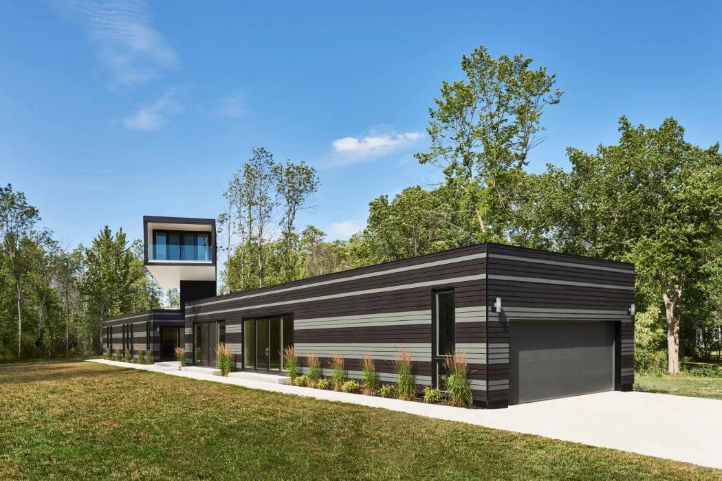 Bower House by Kariouk Associates