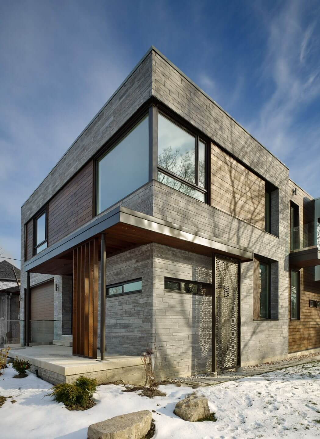 House in Toronto by Alva Roy Architects