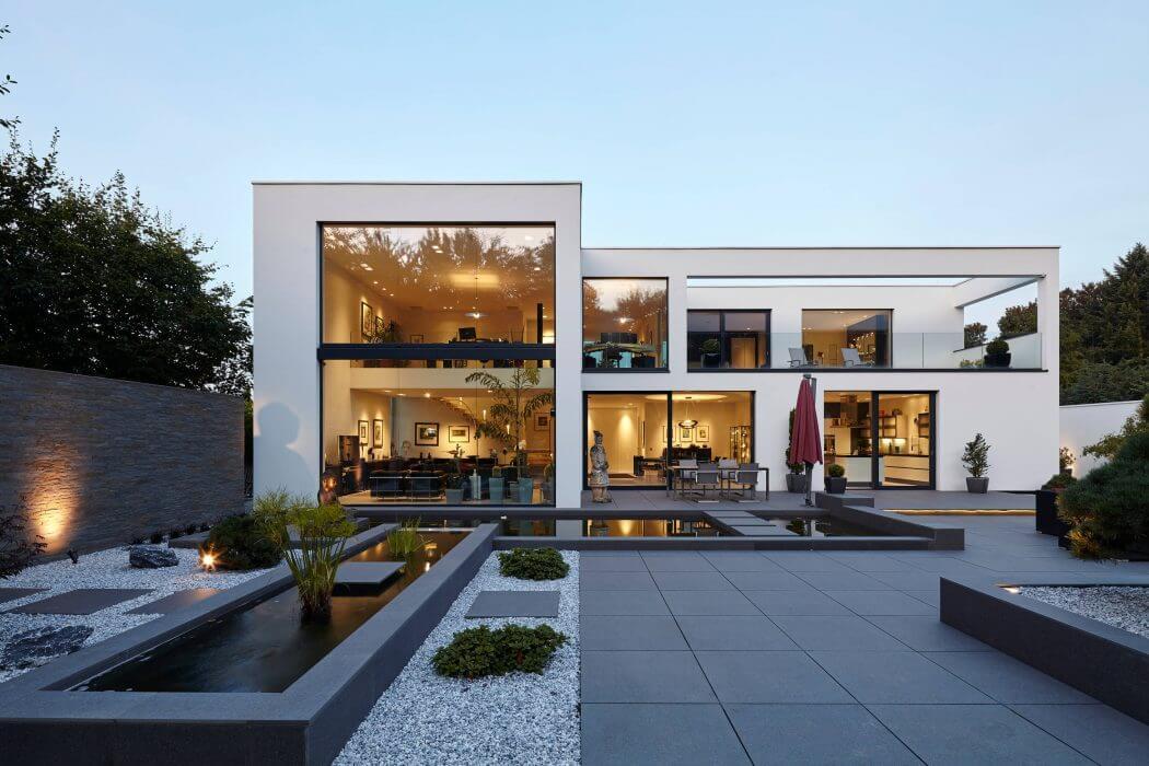 Villa in Dormagen by Falke Architekten