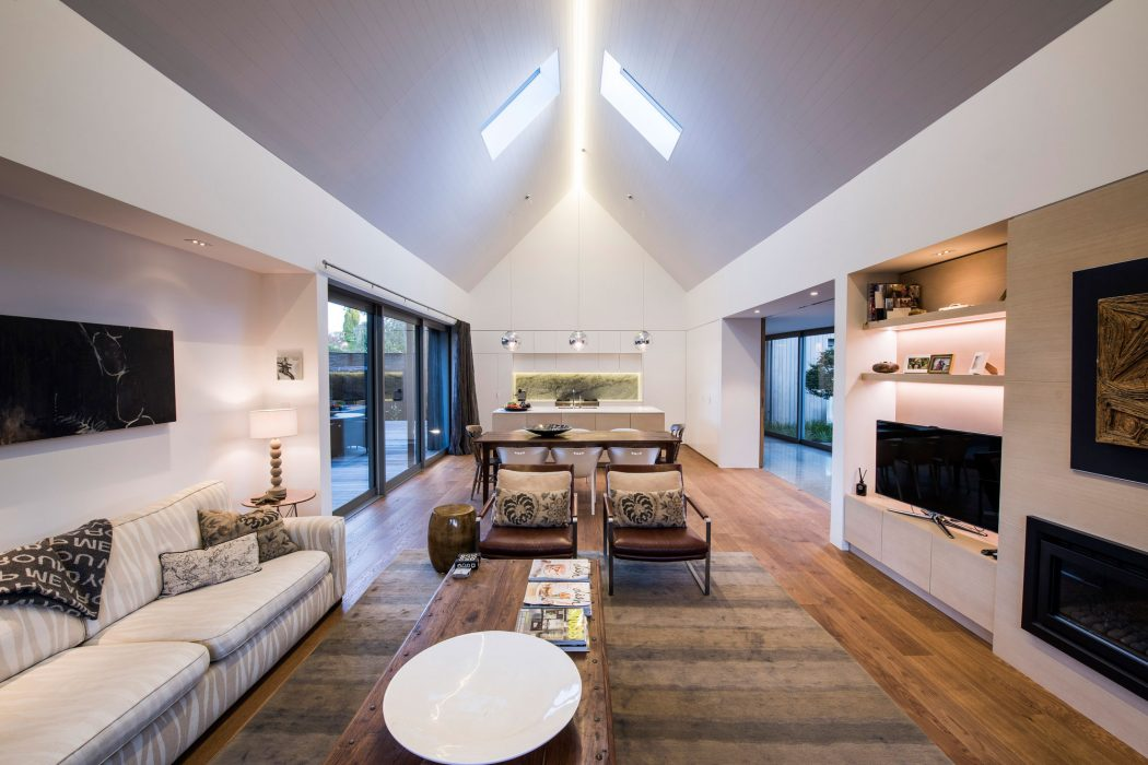 House in Merivale by Case Ornsby Design