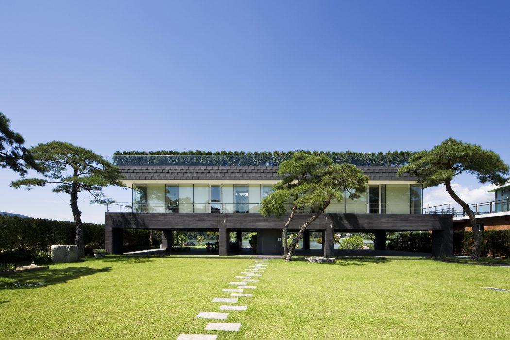 Floating House by Hyunjoon Yoo Architects