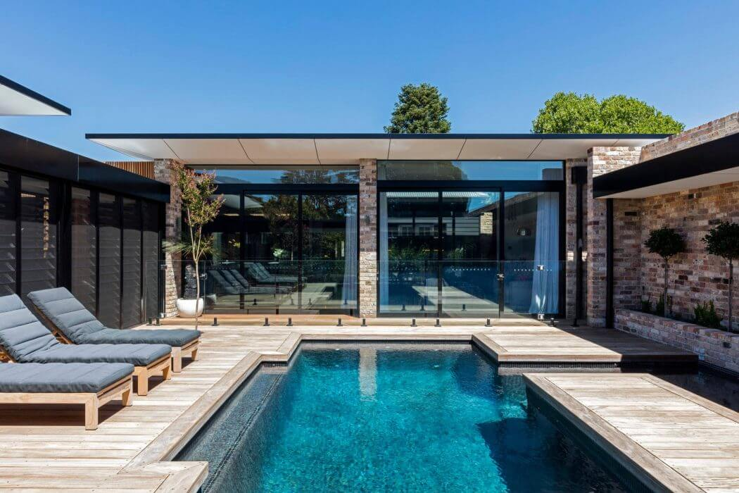 Bundaroo House by Tziallas Omeara Architecture