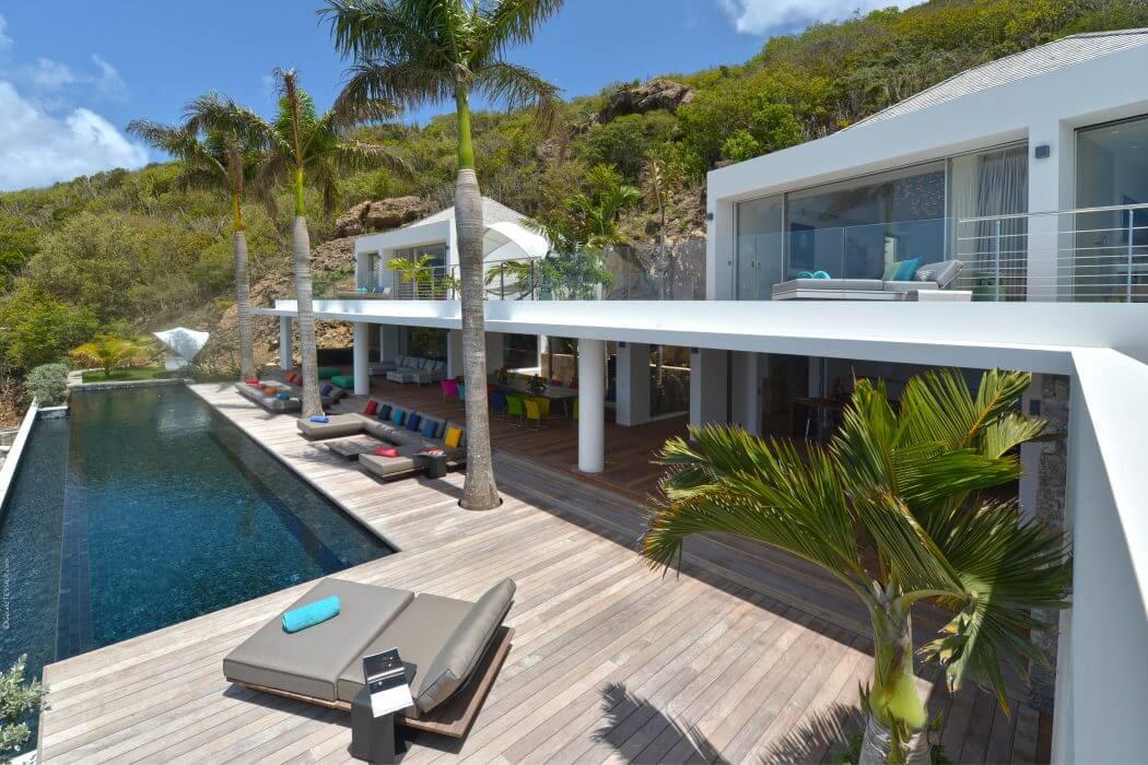 Villa Utopic by Erea and Architectonik