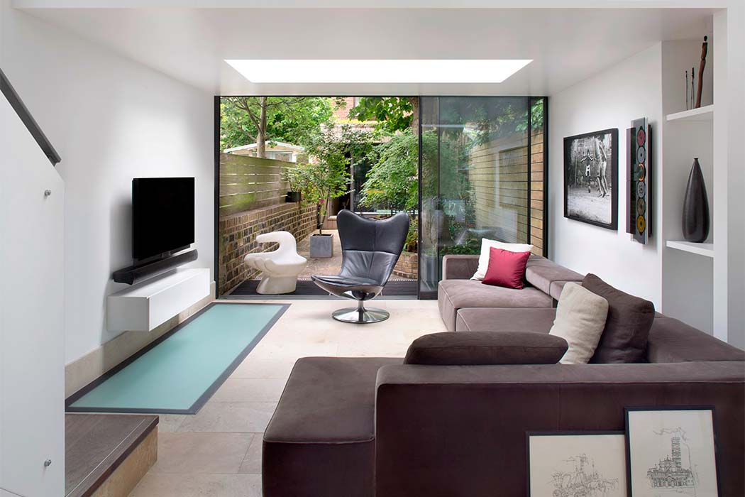 House in London by extrArchitecture