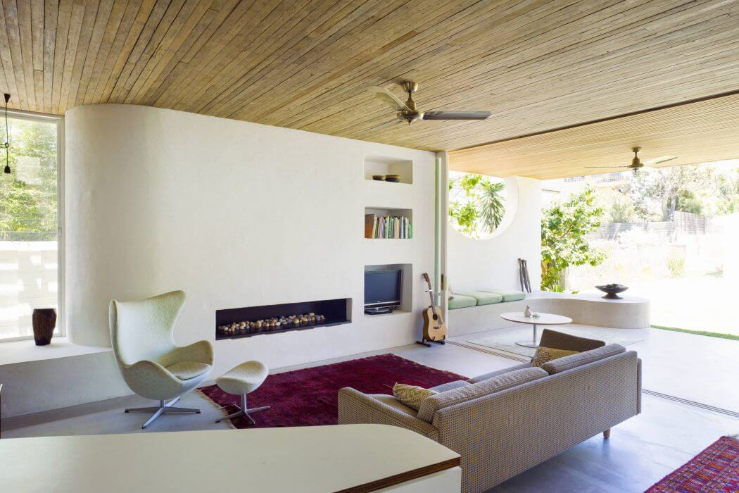 Home in Sydney by Mary Ellen Hudson Architects