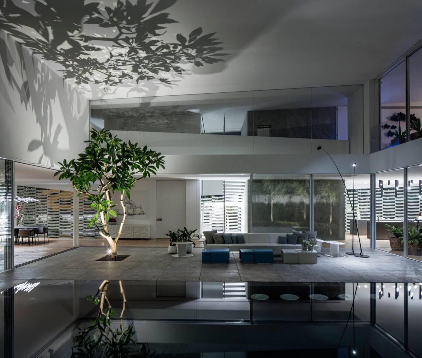 J House by Pitsou Kedem Architects