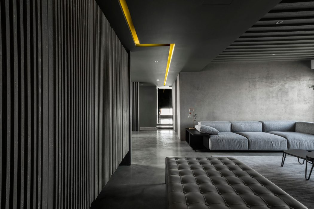 Apartment in Shanghai by Wei Yi International