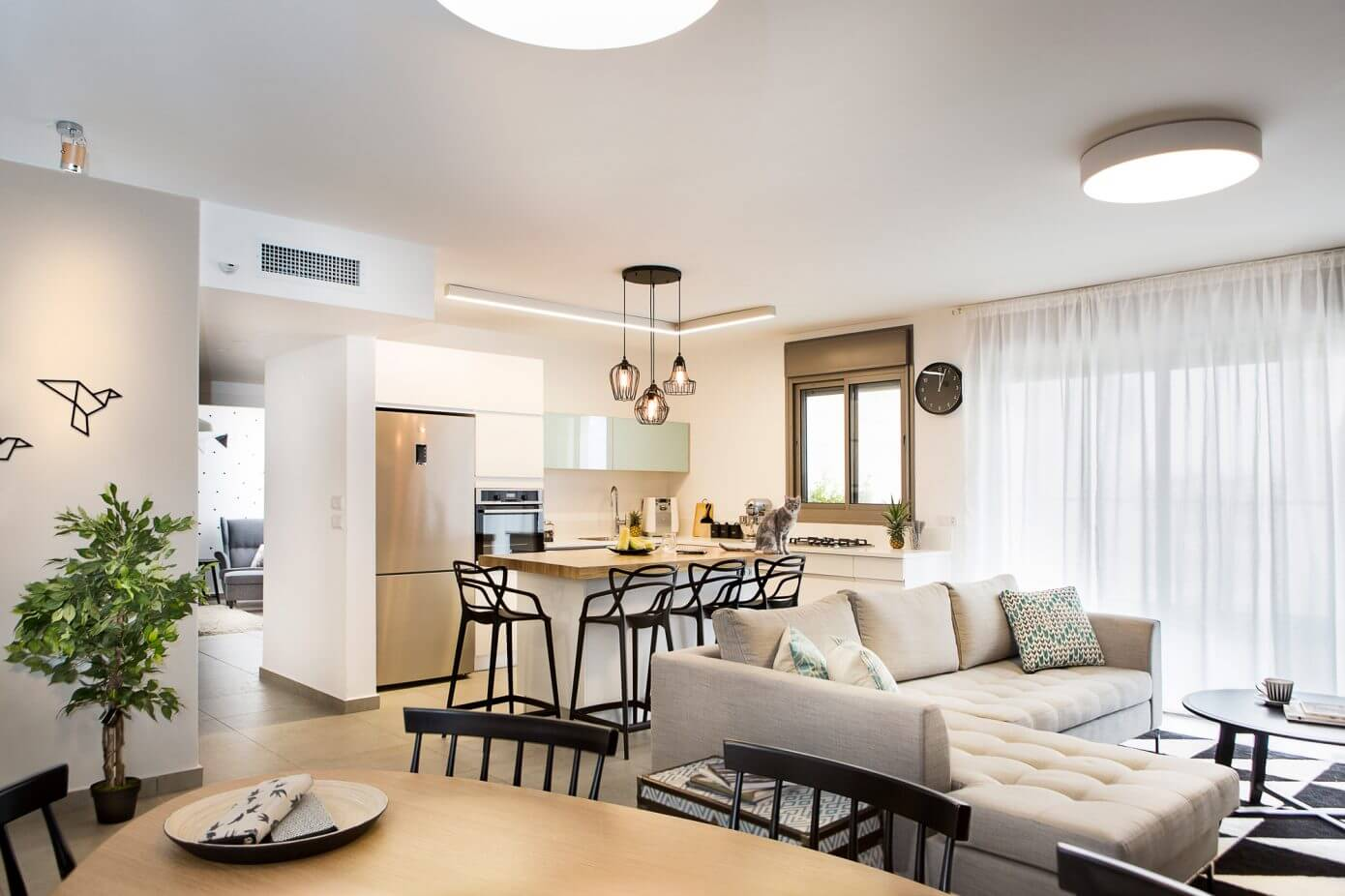 Apartment by Dana Shaked