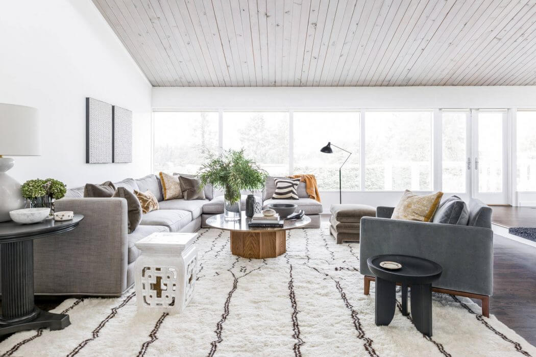 Yarrow Point Home by Brian Paquette Interiors